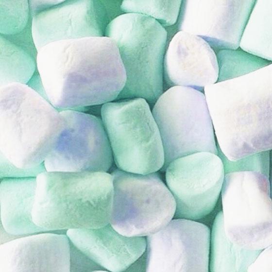 吃起來很空虛~但看起來很開心的棉花糖