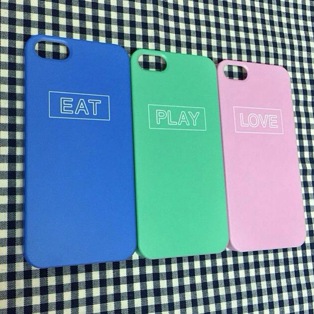EAT, PLAY, LOVE 最近這種極簡風也很受歡迎呢~