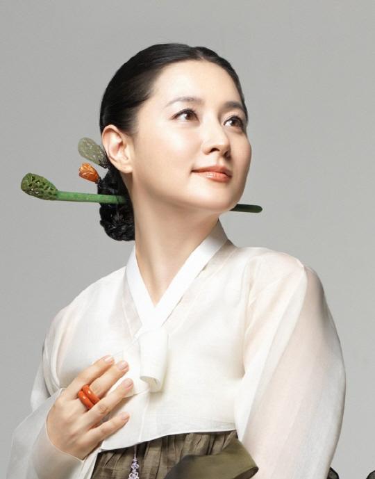 對於韓國人來說,李英愛不因年紀而輸給30代的女演員