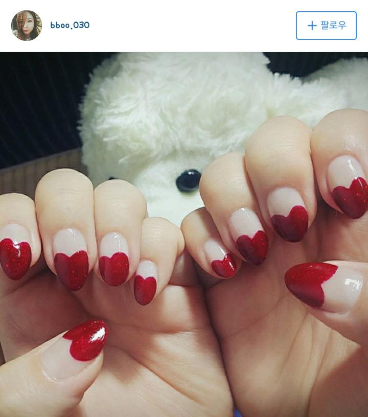 上次也有許多人寄來他們成功繪製的愛心指甲照片呢~我們也來欣賞一下吧?