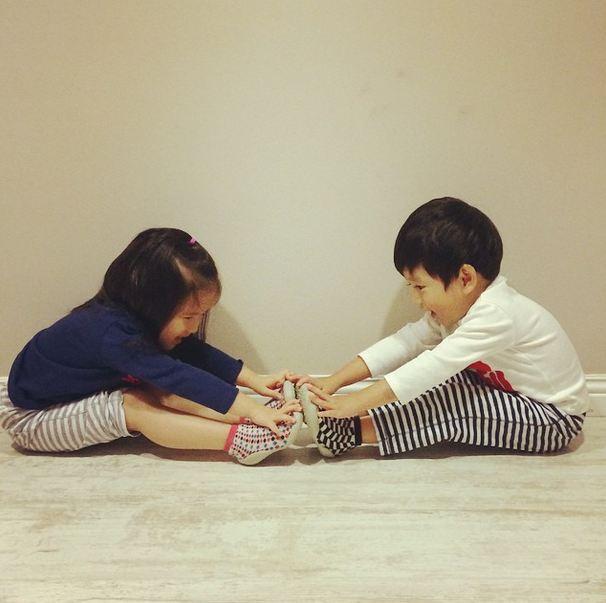 兩個小孩子還可以陪伴一起成長