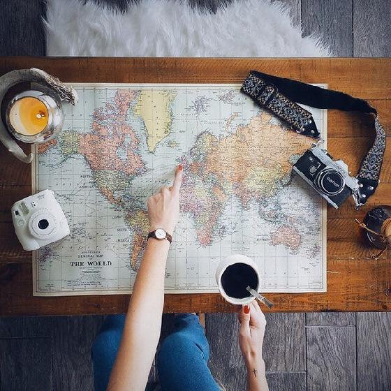 快樂出國,也要平安回家!現在越來越多人喜歡挑戰自己,揹著背包,一個人隻身出國自由行,無拘無束地享受只有自己的假期。