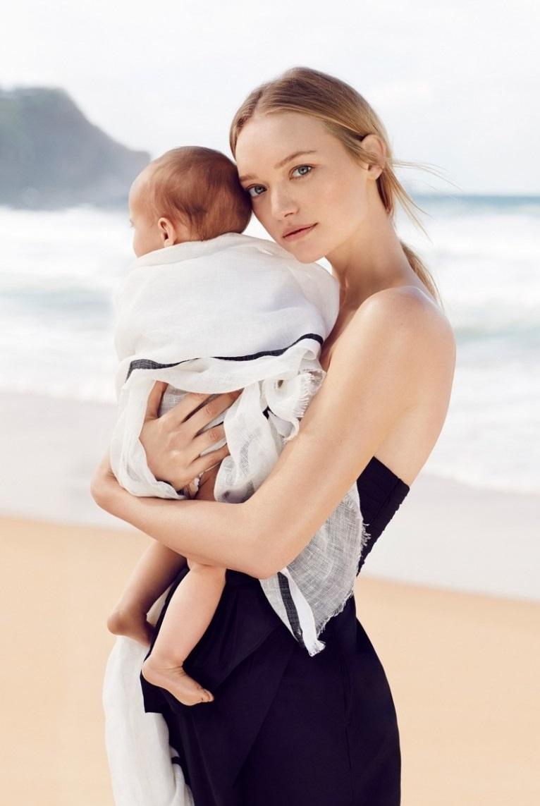 一張簡單的母親抱著小孩的照片,遇上吉瑪・沃德瞬間就變成時尚畫報!(BABY FACE的始祖,即使變成媽媽了,還是很童顏啊~不同的只是多一分母親的感覺,更濃的女人味!)