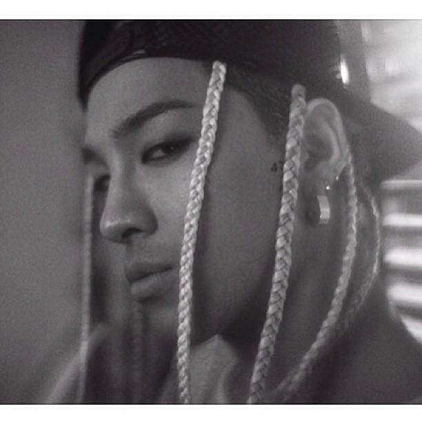 7名 BIGBANG 太陽 2,690,450