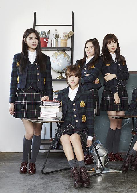 Lovelyz的成員們,從左邊開始~美珠、BabySoul、JIN、秀靜