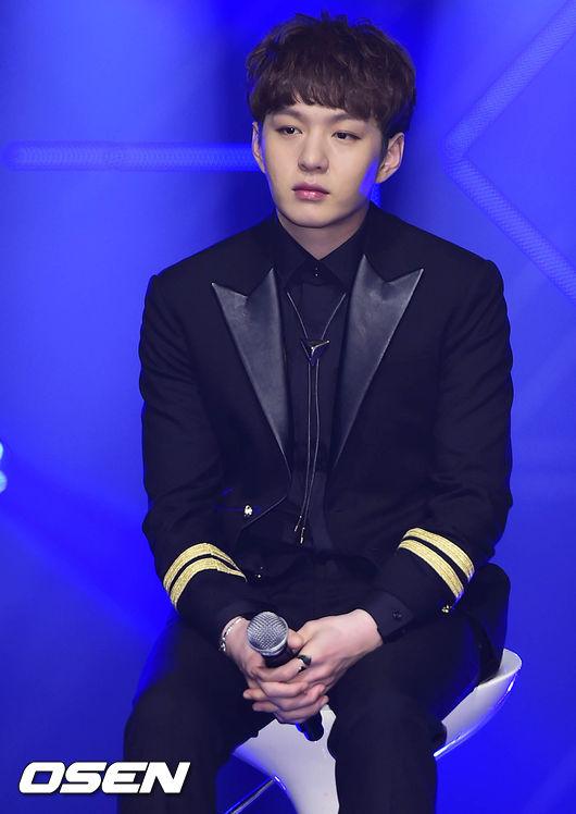 *BTOB 李昌燮—歌手: 吃辣嘴唇感覺就會變成兩條香腸(笑翻)