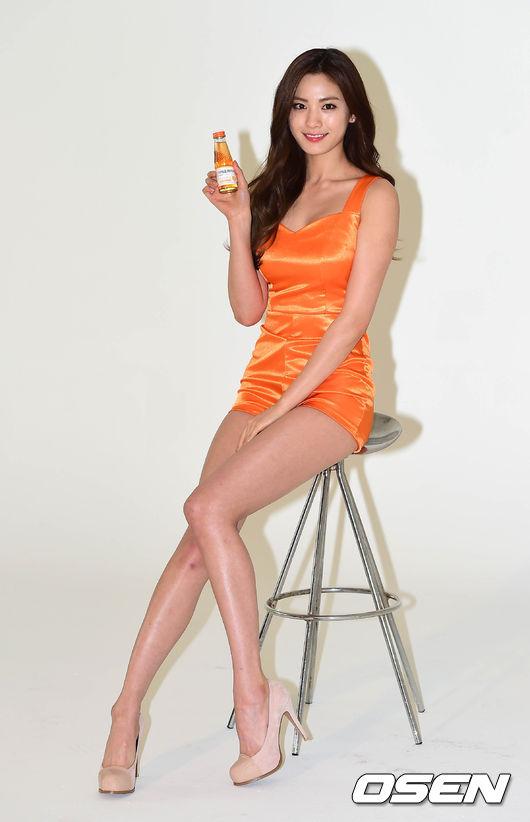 但是,每次看到她在照片中的長腿,都覺得不只170呀~~~~