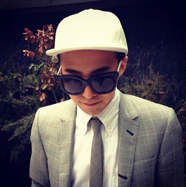 今天我們要介紹G-Dragon特輯! 等等等等?你以為他是GD? NO答錯!!!!!