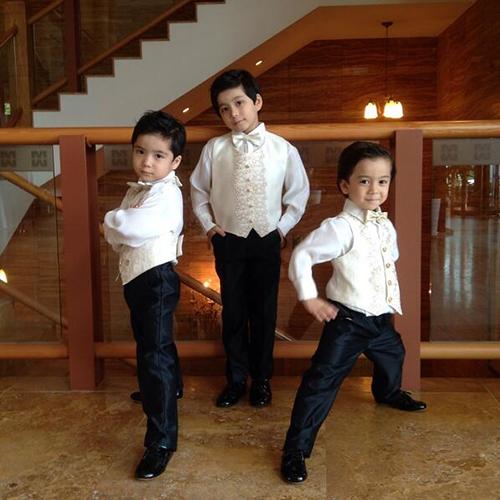 梅森還有兩個弟弟,文梅文和文梅登!三個小孩都非常可愛,也都是韓國著名的童星呢!