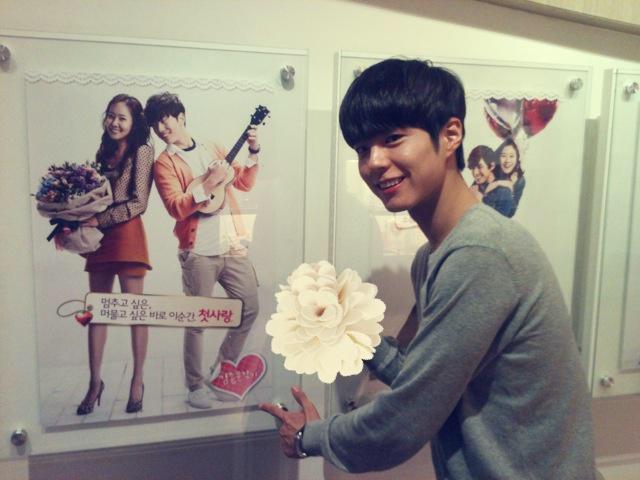 最近在韓國,讓很多女生們都心動不已的朴寶劍,1993年6月16日出生(22歲)