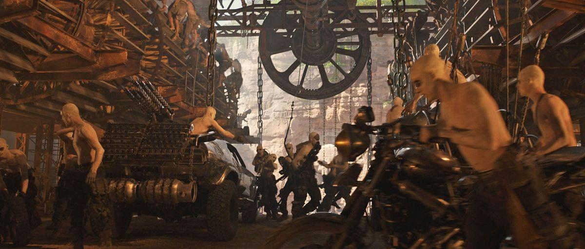 打鬥場面CG後,也只是幾添加了大型機械和周邊的一些道具而已!