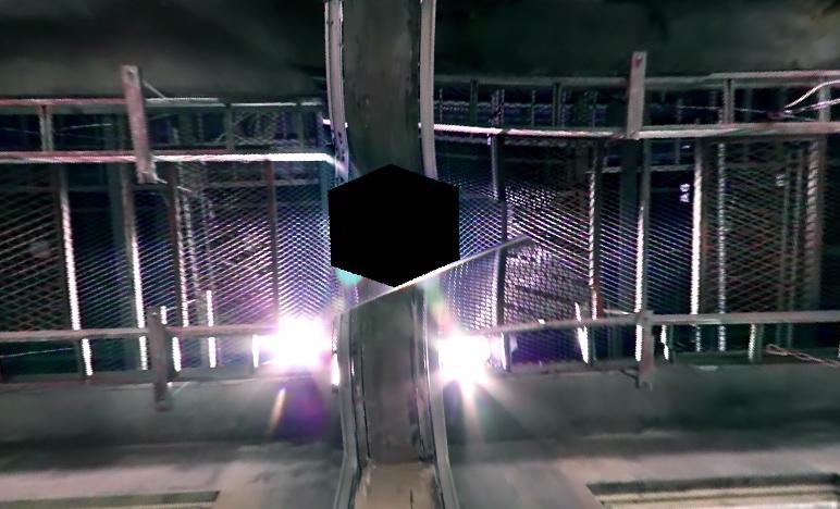 (我轉~)哇!!!!天花板!!!!有種變成外太空人漂在空間內的港覺♥