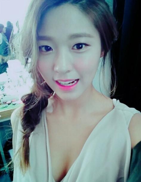 3. AOA  雪炫
