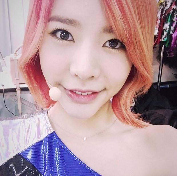 3. 少女時代  Sunny
