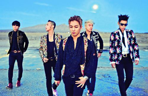 沒錯~天團BIGBANG被忙內勝利的基因操控了~(還有阿踏)XD