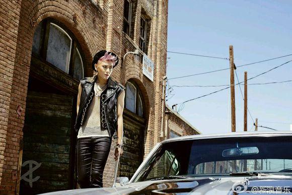 前EXO成員黃子韜昨天發行了單飛後的新歌《T.A.O》~大家看MV了嗎?