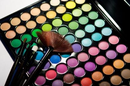 又到了All That Beauty的時間拉:)今天小編我帶來一些新的情報唷! 普通我們在選擇化妝品時,常常有很想購入,卻因為荷包考量放棄的窘境.....