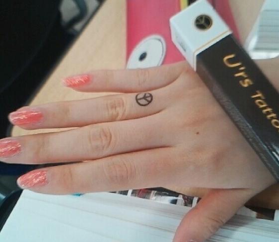 用印章做一個戒指吧。