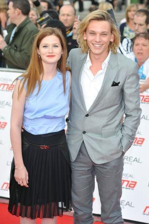 他和電影中的金妮衛斯理(真名是邦妮·萊特),竟然還曾經是戀人關係
