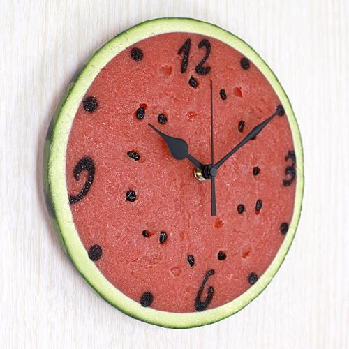 夏天就是要吃西瓜才能消暑啊啊啊!  看到這裡,是否已經逼出你的吃貨魂了呢?(笑)