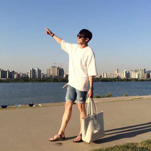 今天呢要為大家介紹的是為了男性而準備的專題,適合夏天的涼快短褲!
