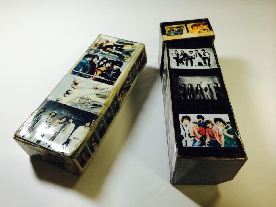 首先是韓國20代女性都一定有做過的,鉛筆盒貼滿歐巴的照片