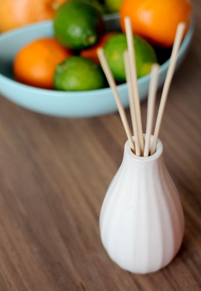 另外,也可以在廁所擺放這些枝狀香氛,不僅美觀,還可以釋放強烈的香味!
