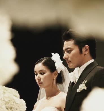 如此貌美的她,2010年嫁給韓國演員張東健