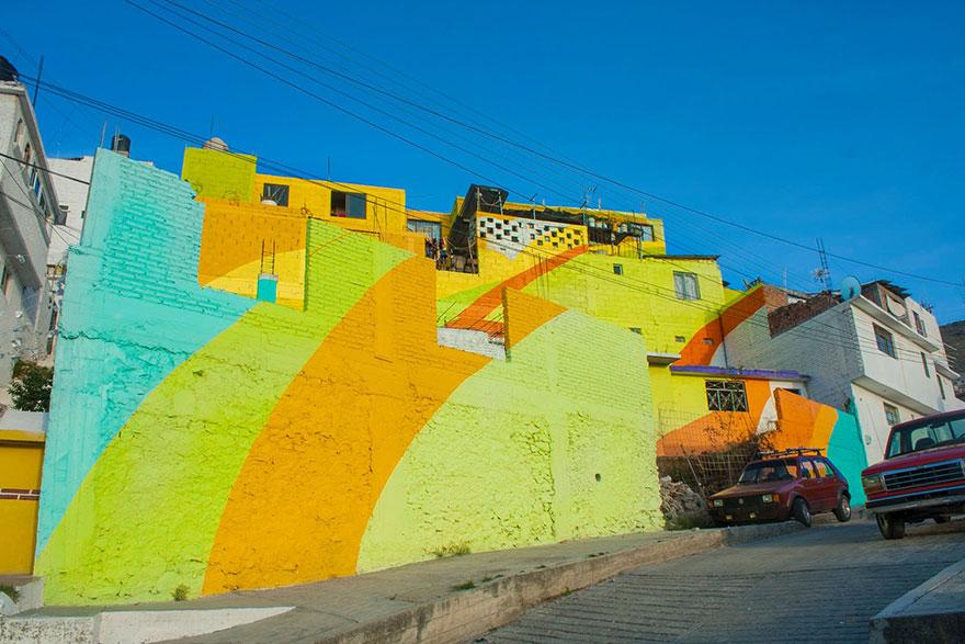 粉刷完成後,村莊完全煥然一新的樣子