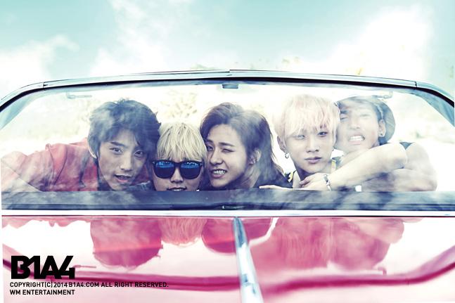 去年7月,以《solo day》最後出現在歌壇的他們!實在是好想念呀!他們就是睽違1年不見的B1A4!