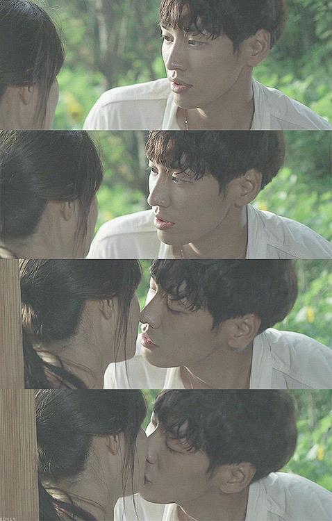接吻的時候,絕對是夢想那般,男生低下頭彎下腰!!!!!!!!(///3/// 啾啾)