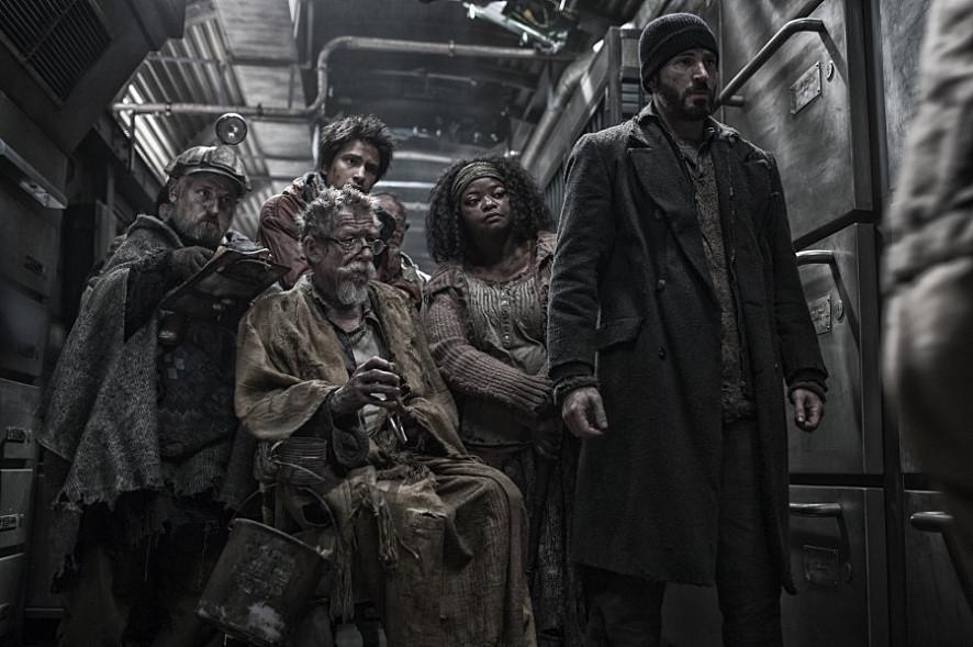 《末日列車》(2013)