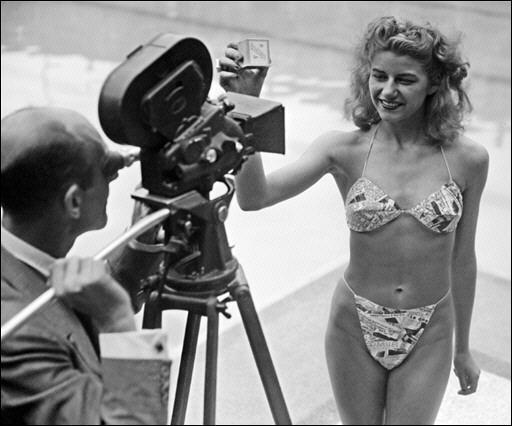 當時第一位穿上比基尼的模特兒,是法國的Micheline Bernardini,當時才19歲的她,在比基尼秀結束後,獲得了5萬張以上的粉絲來信
