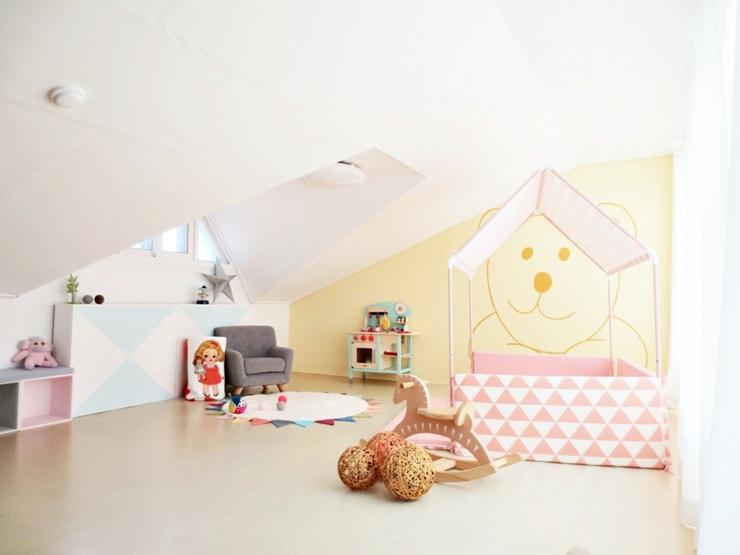 首先是改造成孩子們的遊戲室的第一個房間~