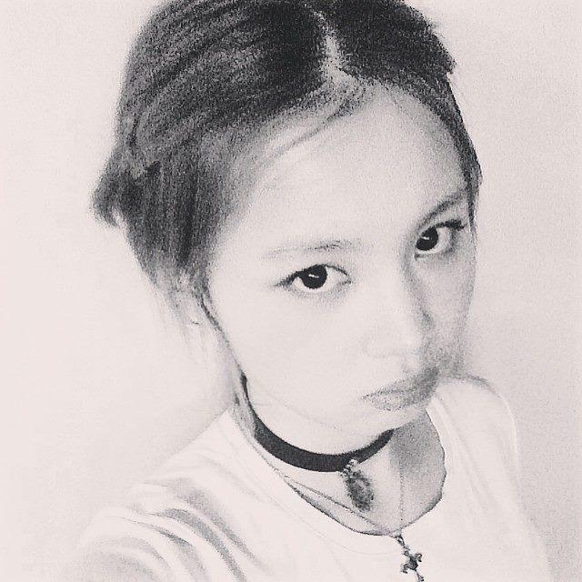 1996年生的她,現在才在18歲,但是她在SBS歌唱選秀節目《KPOP STAR》第一季獲得亞軍的時候才15歲呢@@