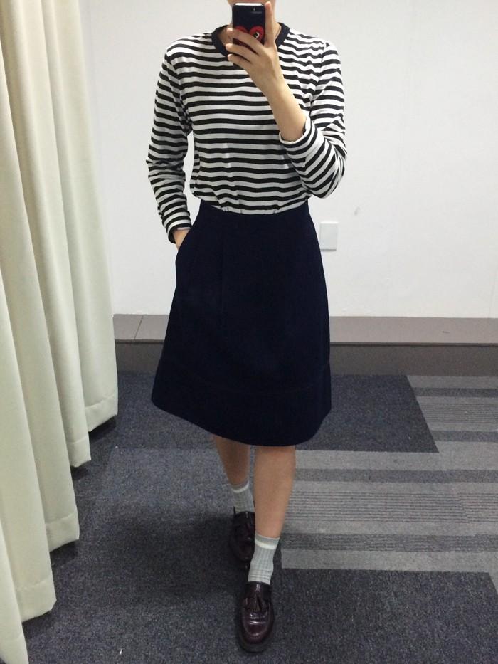 (顏色_NAVY, 尺寸:58 )  UNIQLO的牛仔裙只有這款!俐落簡單的長牛仔裙~