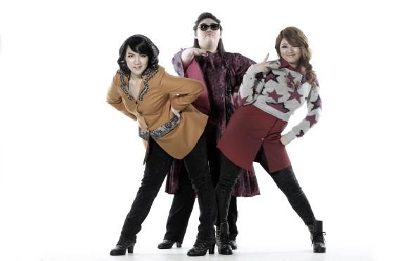不過~這也讓人聯想到2011年,韓國也曾經推出重量級女子團體Piggy Dolls