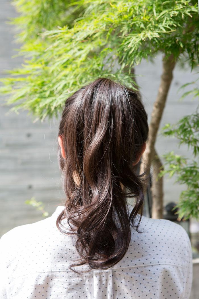 又或者是,在炎熱的夏天裡,不喜歡頭髮黏在臉上的感覺麻?