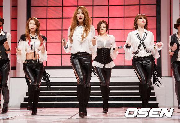Brown Eyed Girls - 原取名為「Monster」  就算剛剛那個是開玩笑,女孩團體被叫怪物也不太好笑啊......