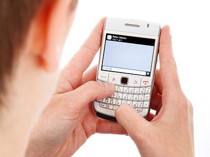 #5. 按電話鍵的聲音 只要聽過一次 你都會覺得煩得要死 震動聲音也是煩得要命....