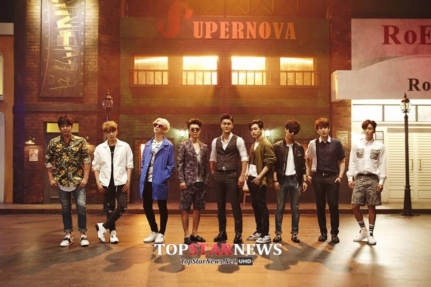 還有Super Junior迎來出道10周年的紀念專輯《Devil》