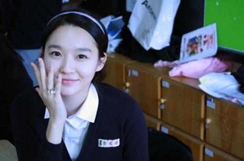 韓國二人女子組合Davichi成員中也有臉讚?