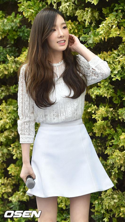 這種髮色如何呢???  是不是發現~一換髮色後,太妍從美女變成仙女了???