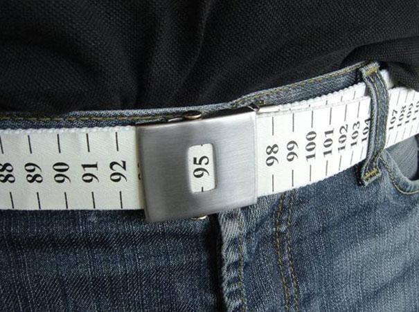 公開腰圍的腰帶(小編絕對不會買)