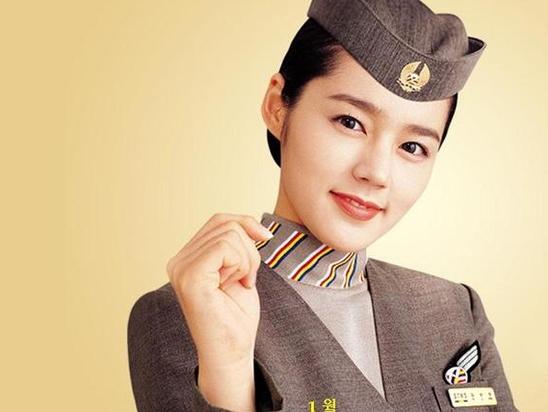 韓國「天然美女 」韓佳人也曾代言過。