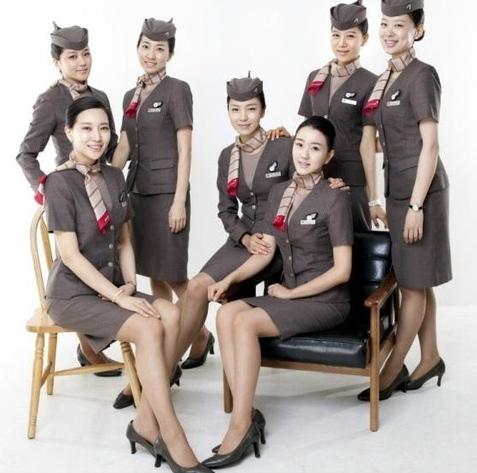 沒有大韓航空的看上去那麼清新,反而多了一份沉穩的氣質。