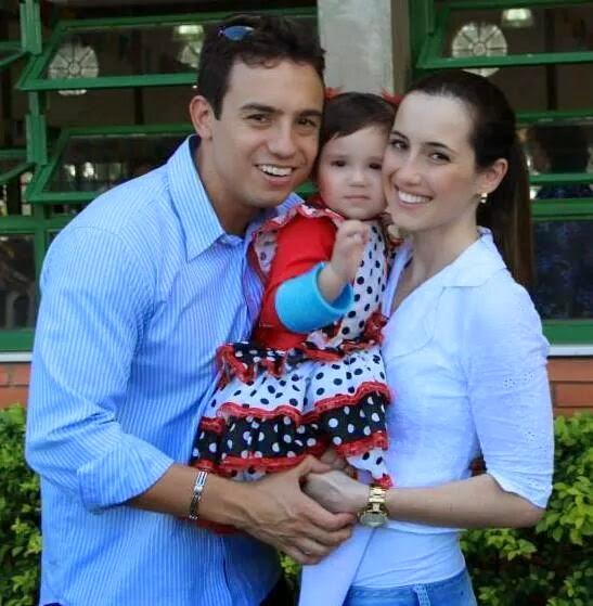 Rafael del Col來自巴西,原本他有一個幸福的家庭!