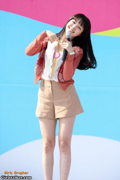 你知道Girl's Day珉雅除了小狗笑眼+長得跟GD很像(被揍),其實她還有一雙腿特別有名嗎?