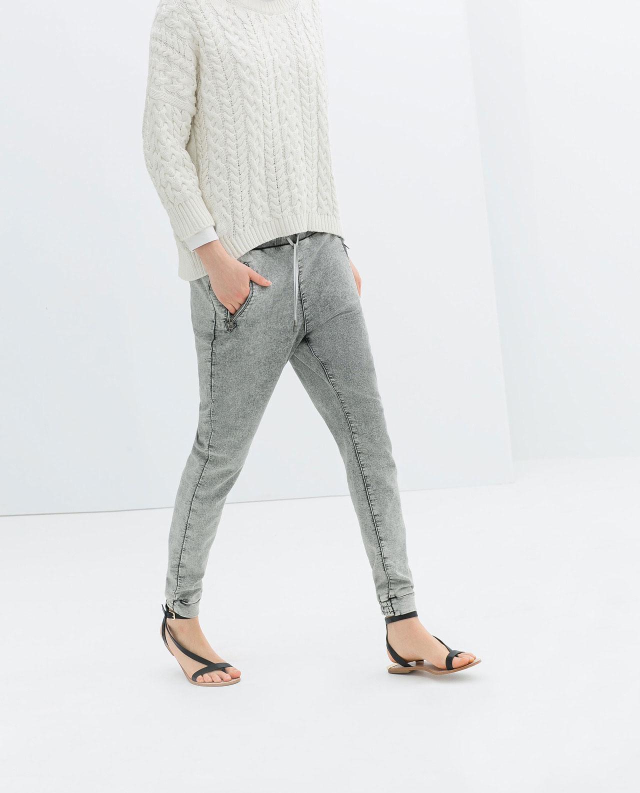 粗線的麻花毛衣更是永不過時的經典款