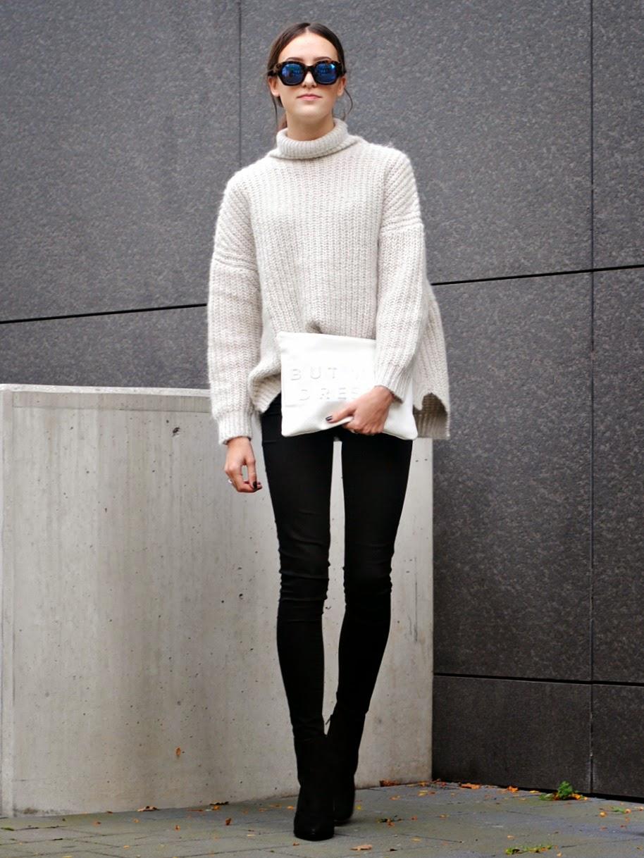 前短後長的設計依舊流行,不僅時尚,且能遮蓋不同身材的比例。再搭上一條緊身褲,你知道有多Chic嗎?
